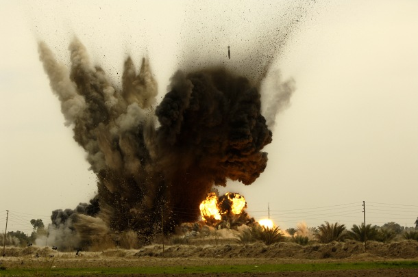 GBU-38_munition_explosions_in_Iraq.jpg
