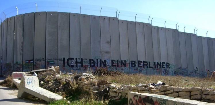 The West Bank barrier near Bethlehem. Photo by Marc Venezia, creative commons license, 2007