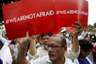 JAKARTA_GUN_BOMB_ATTACK_ISLAMIC_STATE_ISIS_REUTERS_150116_INDONESIA-BLAST.JPG