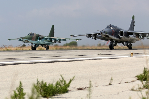 Russian_Sukhoi_Su-25_at_Latakia_(2)