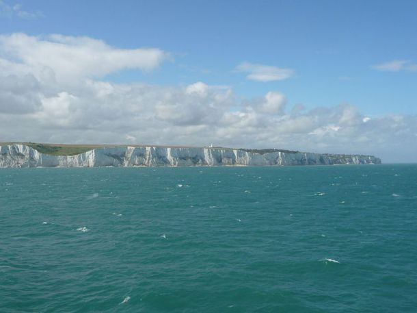800px-White_Cliffs_of_Dover_06.JPG